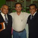 Pr. Ribamar, cantor Edilei e Lourival Freitas