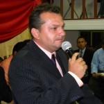 Pastor Fabiano.