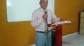 ARAGUATINS: Pastor Roberval de Santana ministra na Capelania Militar Evangélica da Polícia Militar