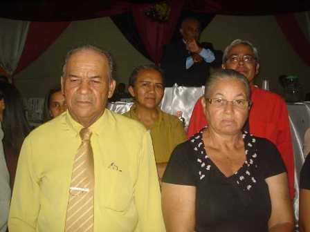 Dirigente: Evangelista Nelson Gonçalves e esposa Divina