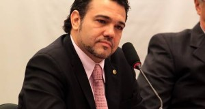 Marco Feliciano afirma que se decepcionou com Marina Silva