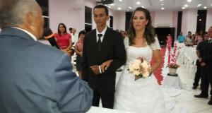 ARAGUATINS: Pastor Valmir Rodrigues da CIADSETA, trocou alianças na noite desta sexta-feira (27). A cerimônia foi na AD de Madureira; confira