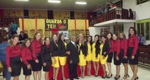 ARAGUATINS: Culto de terça-feira contou com consagração dos uniformes das recepcionistas da igreja e homenagem natalícia ao pastor Valmir