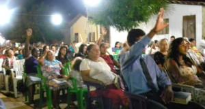 ARAGUATINS: Culto de terça-feira aconteceu em frente a Congregação Monte Moriá. Objetivo, campanha para reforma e ampliação da congregação