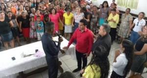 ARAGUATINS:  Pastor Israel Brasil foi o ministrante na Tarde da Bênção