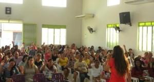 ARAGUATINS: Tarde da Bênção aconteceu no Templo Sede com a presença da Miss Luciane Viana.