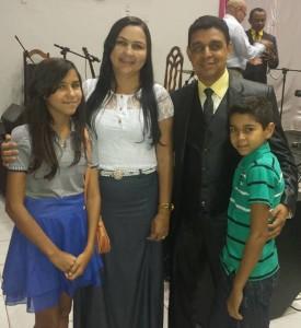 Pr Humberto & Família