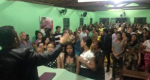 ARAGUATINS: Congregação Vale da Bênção realiza evento com a participação do Pastor Francisco Alves.