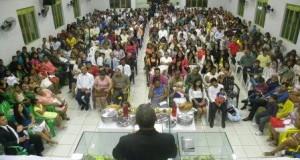 ARAGUATINS: Assembleia de Deus realizou culto da virada e celebração da primeira Santa Ceia em 2016.