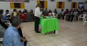 ARAGUATINS: Pastor Ribamar realiza reunião de ministério na congregação El Shaddai
