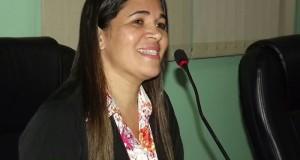 ARAGUATINS: Cantora Railda Gomes da AD CIADSETA assume vaga na Câmara de vereadores