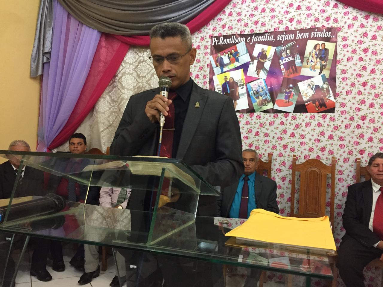 Culto de posse do pastor Romilson na Monte Moriá (7)