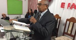 Pastor José Ribamar da AD CIADSETA empossa pastor Paulo Rocha na congregação Monte Horebe em Araguatins