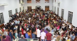 AUGUSTINÓPOLIS: Juventude assembleiana realiza noite de louvor e adoração