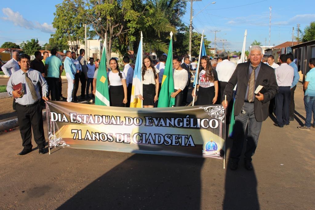 Dia do Evangelico em Araguatins (8)