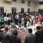 ARAGUATINS: Em noite festiva  fiéis participam da celebração da Santa Ceia na Assembleia de Deus